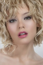 blonde curly hairstyles womens
