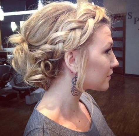 Exceptional Medium Curly Hairstyles