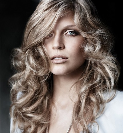 Gorgeous Wavy Hairstyles For Long Hair 2015