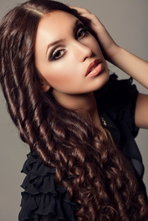 LONG VERY CURLY HAIRCUTS LONG CURLY HAIRSTYLES FOR WOMEN WALLPAPER