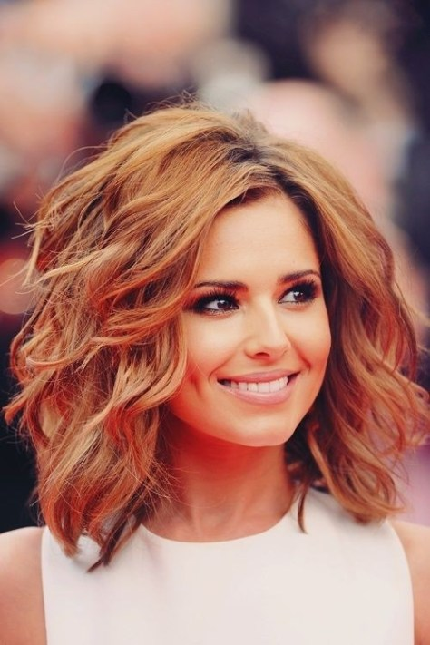 Medium Length Hairstyle - Loose Wavy Hair