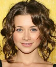 easy curly hairstyles wear