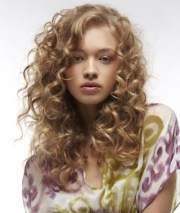 sexy curly hairstyles ideas