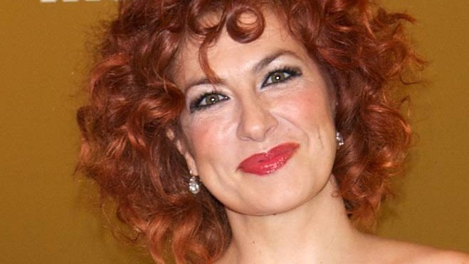 Trendy Curly Red Hairstyles Womens