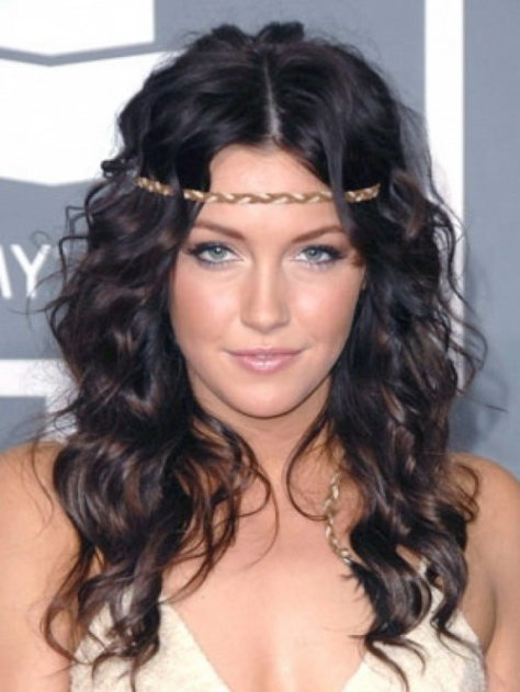 Pretty Hairstyles For Curly Hair