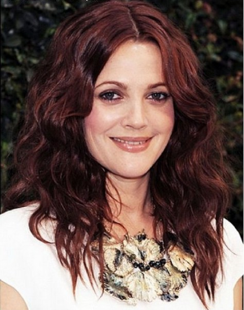 Beautiful Long Hairstyles for Round Faces and Curly Hair