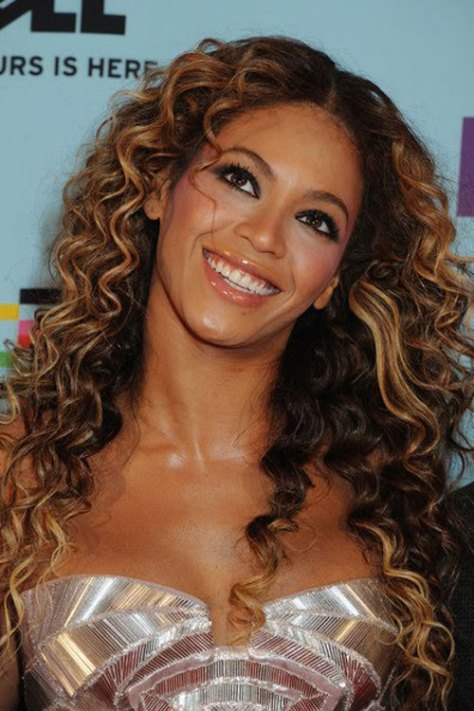 Beyonce Long Curly Hair Styles