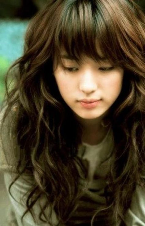 Cute Korean Long Soft Wavy Hairstyles With Bangs Hair For Young ...