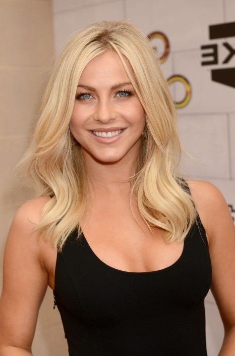 Blonde Medium Hairstyles