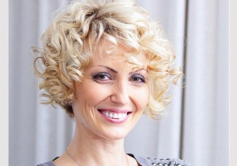 Medium Curly Hairstyles For Women Over 40