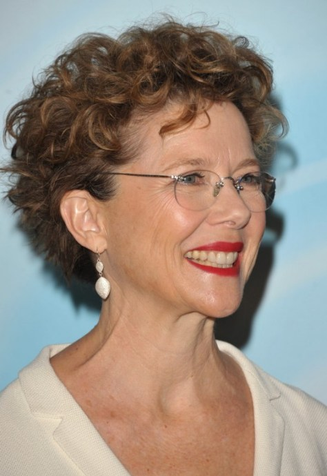 Short Curly Hairstyles for Women Over 50 with Glasses..