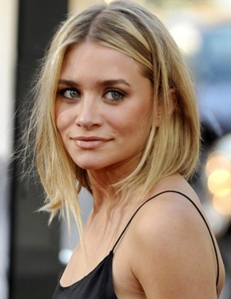 Ashley Olsen medium hairstyle for fine hair