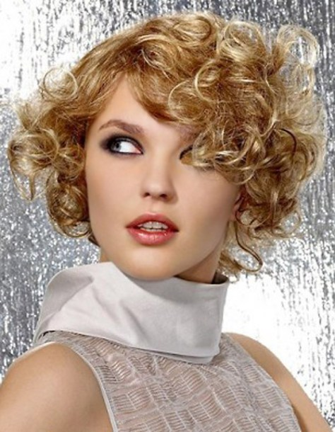 Best Short Curly Hair