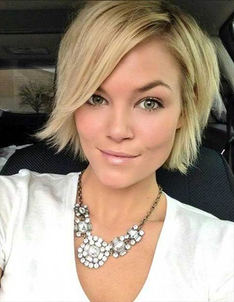 Chic Layered Short Haircut for Straight Fine Hair
