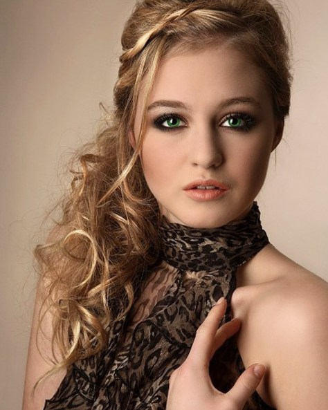 Curly Prom Hairstyles for Long Hair...