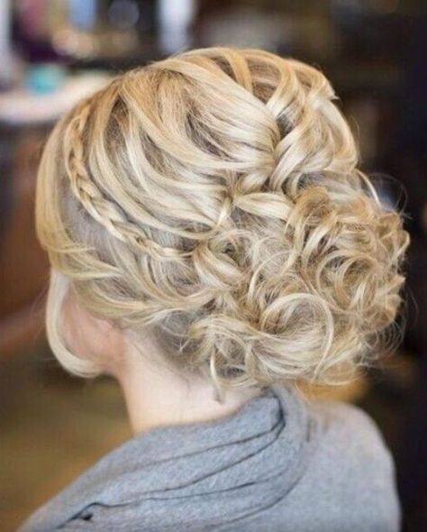 Prom Hairstyles Ideas for Long Hair