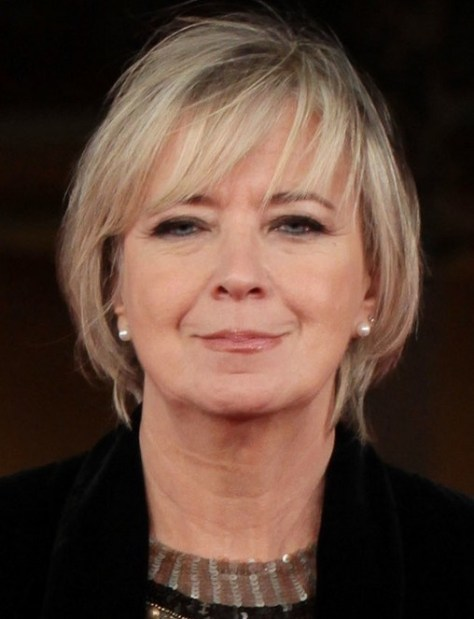 Short Hairstyles for Older Women with Thick hairs