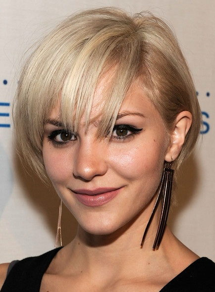 Short Hairstyles for Thick Hair Women...