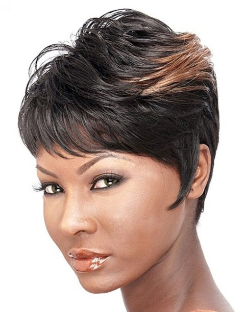 Short black hairstyles for women of color
