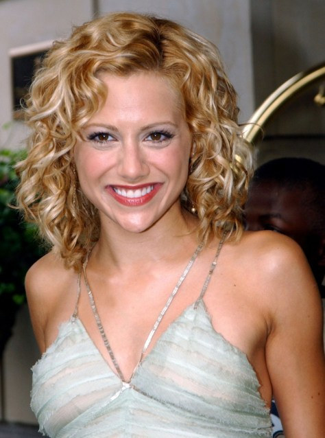Short to Medium Length Hairstyles for Curly hairs