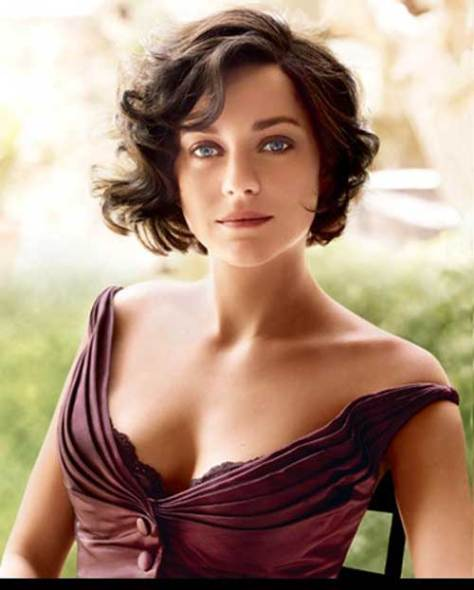 Best short haircut for wavy hair