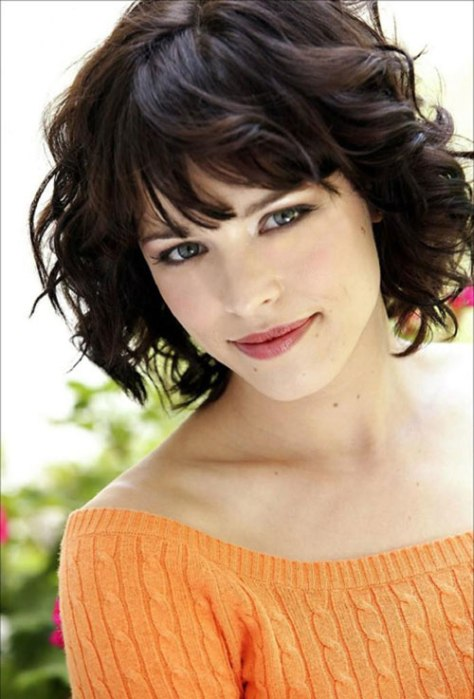 Short Hairstyles For Oval Face and Curly With Bangs