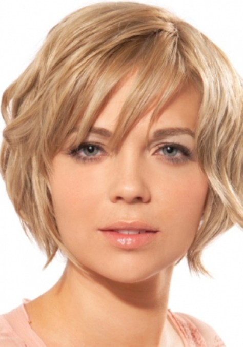 Short Hairstyles for Round Faces..