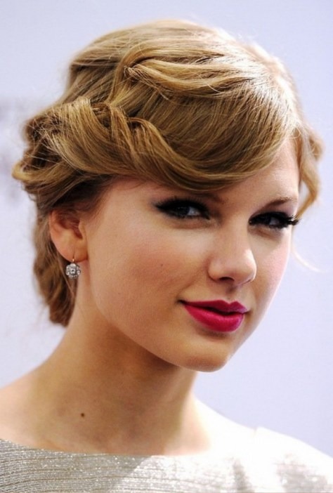 short hairstyles for weddings women with wavy hair