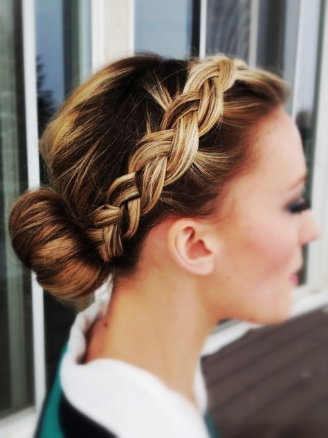 Best Wedding Hairstyles & Haircuts