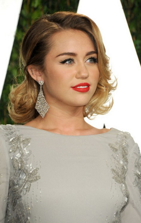 Short Wedding Hairstyles Half Up Hair