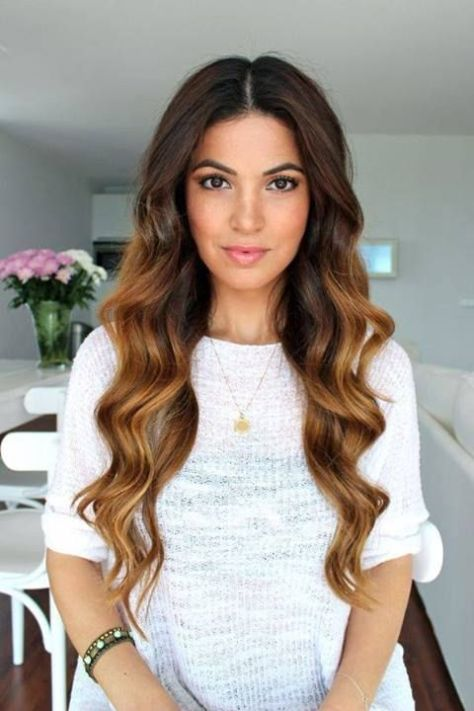long wavy hairstyle for women