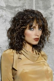 curly hairstyles youthful