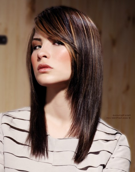Long haircut with tapered and textured that frames the face