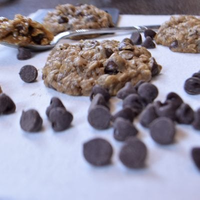Oatmeal Choco Chip Cookie from a spice cake mix | FaveMom