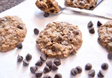 Oatmeal Choco Chip Cookies | FaveMom