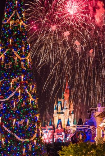 Jolly Holiday with Disney   FaveMom.Com
