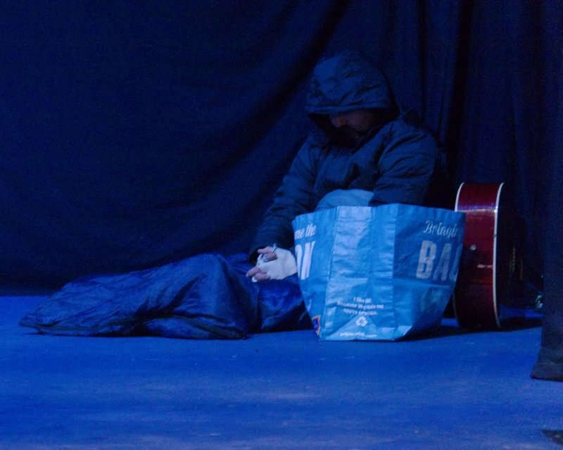 Homeless Comforts © Benedict McLoughlin 2017