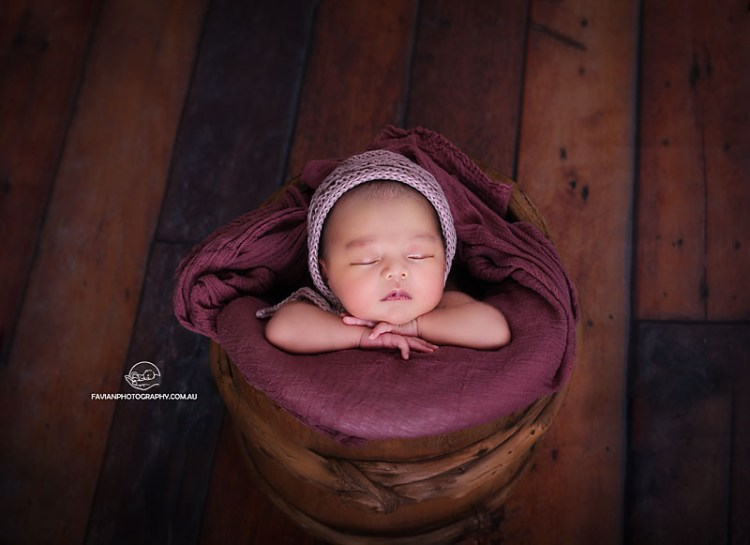 Brisbane newborn baby girl photographed in the bucket