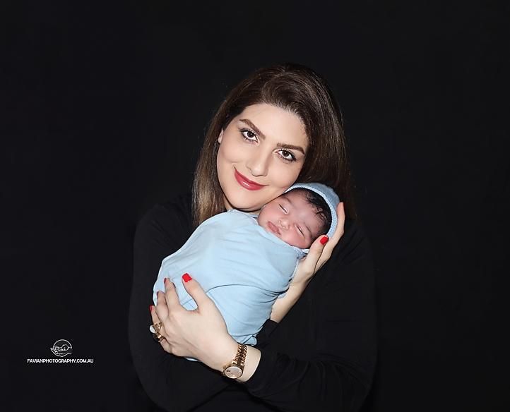 newborn baby and mummy