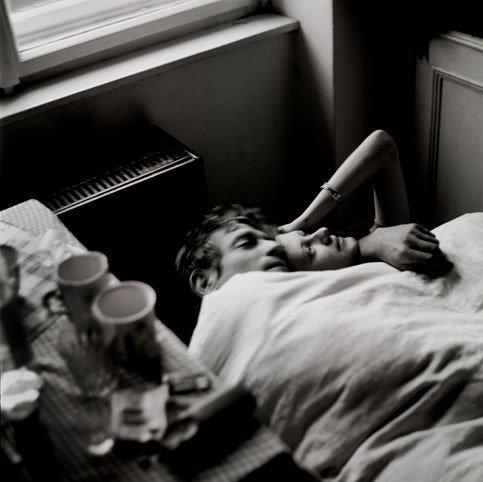 Hug Wallpaper Girl Boy Bed Blackwhite Hug Love Man Woman Image 8573 On