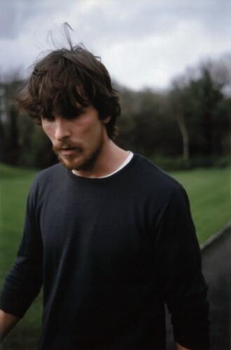 Hug Wallpaper Girl Boy Annabel Elston Beard Christian Bale Facial Hair