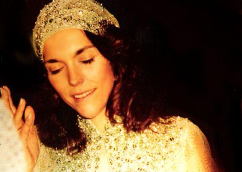 Karen Carpenter Celebrity Singer Artist Pretty Fav