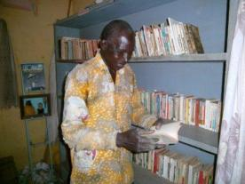 Lazare un des grand lecteur de la bibliothèque de Dohoun