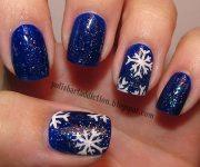 glitter blue white snowflakes nails