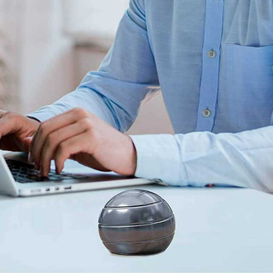 Kinetic Spinning Helix Hypnotic Visual Illusion Ball At Desk - Perfect Birthday Gift For Boss