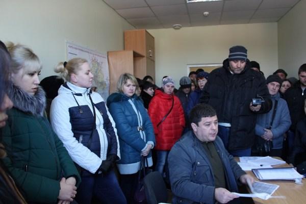 Питання закрито - супермаркет, працівники якого вчора мітингували у Херсоні, підключають до електроенергії