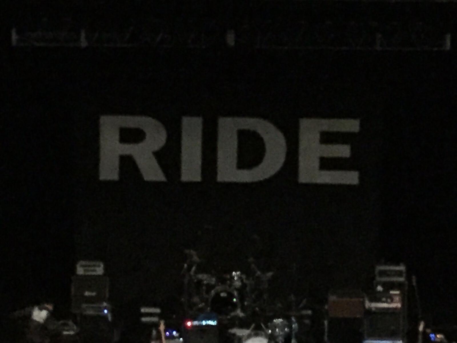 ライド(RIDE)来日ライブ・レポート 轟音ライドと熟成ライドと