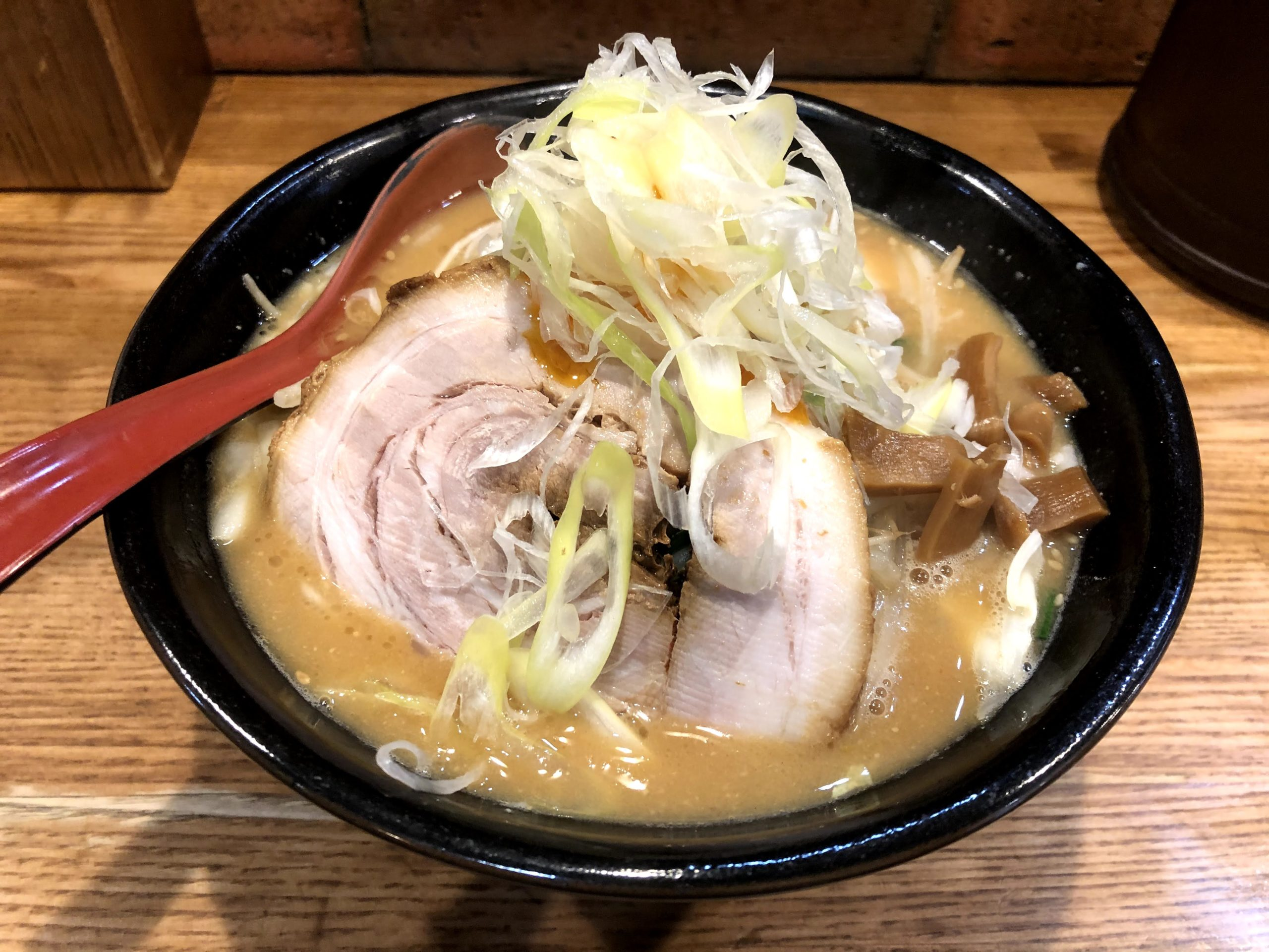 上野「麺処花田」こってり濃厚味噌ラーメンを喰らえ!