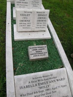 new-southgate-crematorium-and-cemetery_2874474919_o