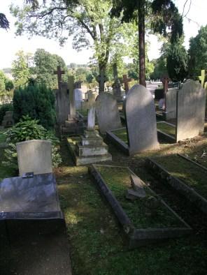 new-southgate-crematorium-and-cemetery_2875295104_o